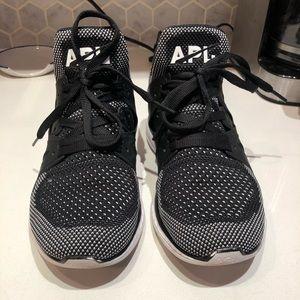 Women's APL Ascend Training Sneaker